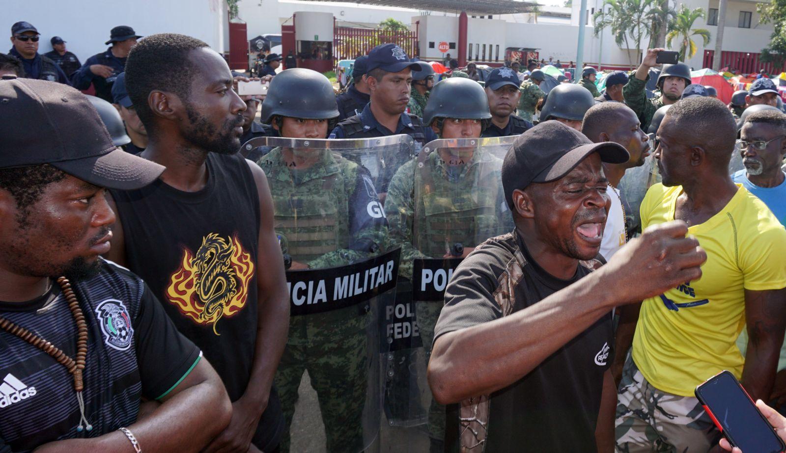 Denuncian trato infrahumano a africanos y haitianos en México